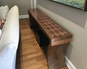 Diamond Sofa Table w/ Curved Legs